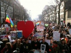 gay_marriage_rally_paris_france_0