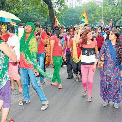 Около 200 человек приняло участие в гей-прайде в Индии