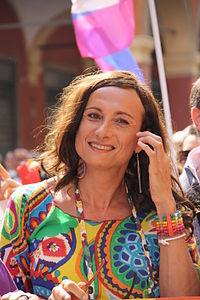 У Сочі італійську ЛГБТ-активістку з райдужним прапором затримала поліція