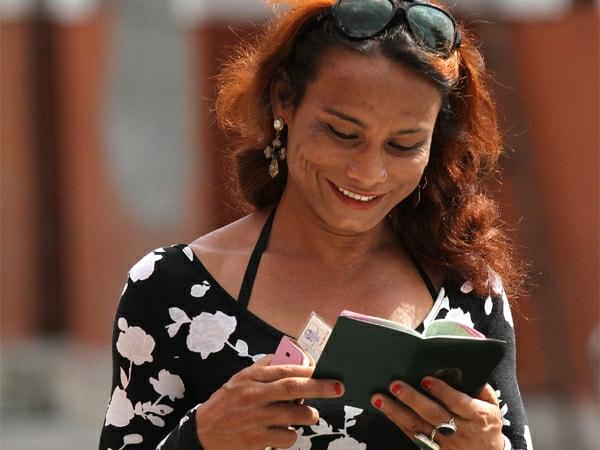 Бельгия упростит процедуру смены паспортного пола
