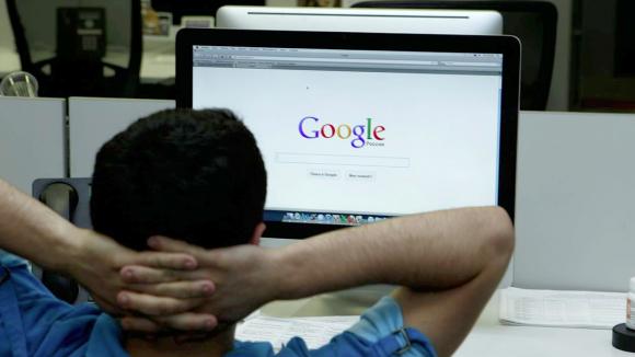 Российским молодежным активистам не понравилось, что с помошью Google Карты можно найти гей-клубы