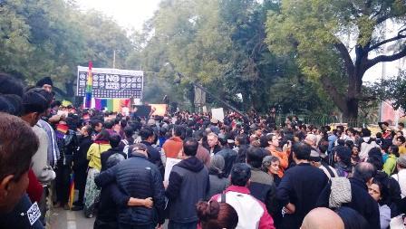 Решение Верховного суда Индии об отмене декриминализации гомосексуальности вызвало волну протестов по стране