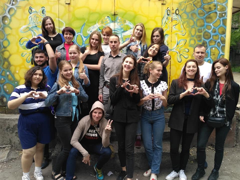 Лінійка рівності. Журналістки і журналістки випустились зі «Школи толерантності»