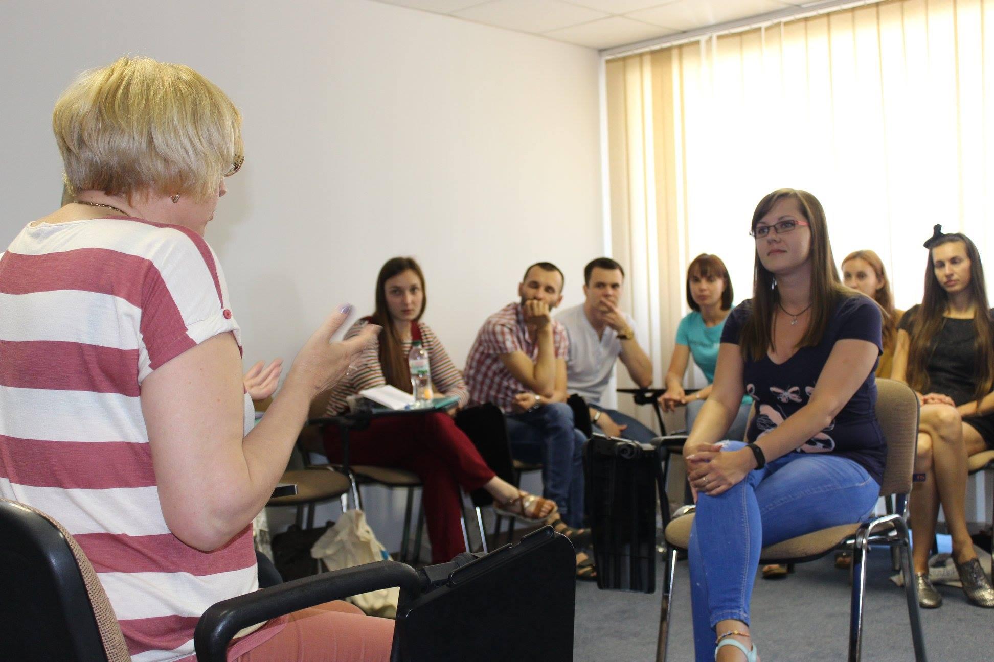 Тренінг для шкільних педагогинь та педагогів з питань СОГІ