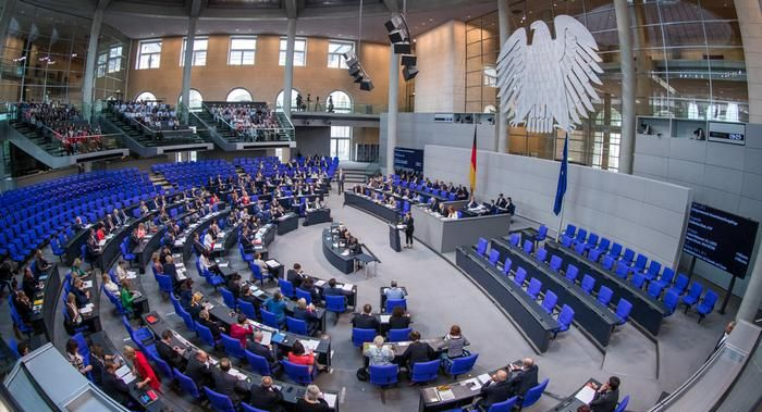 У Німеччині заборонили конверсійну терапію для неповнолітніх