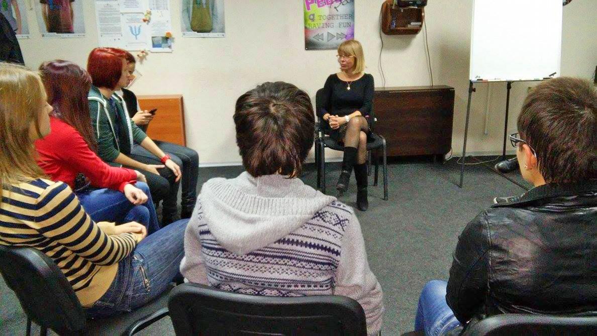 Гінекологиня дружньої клініки зустрілася з клієнтками «Гендер Зед»