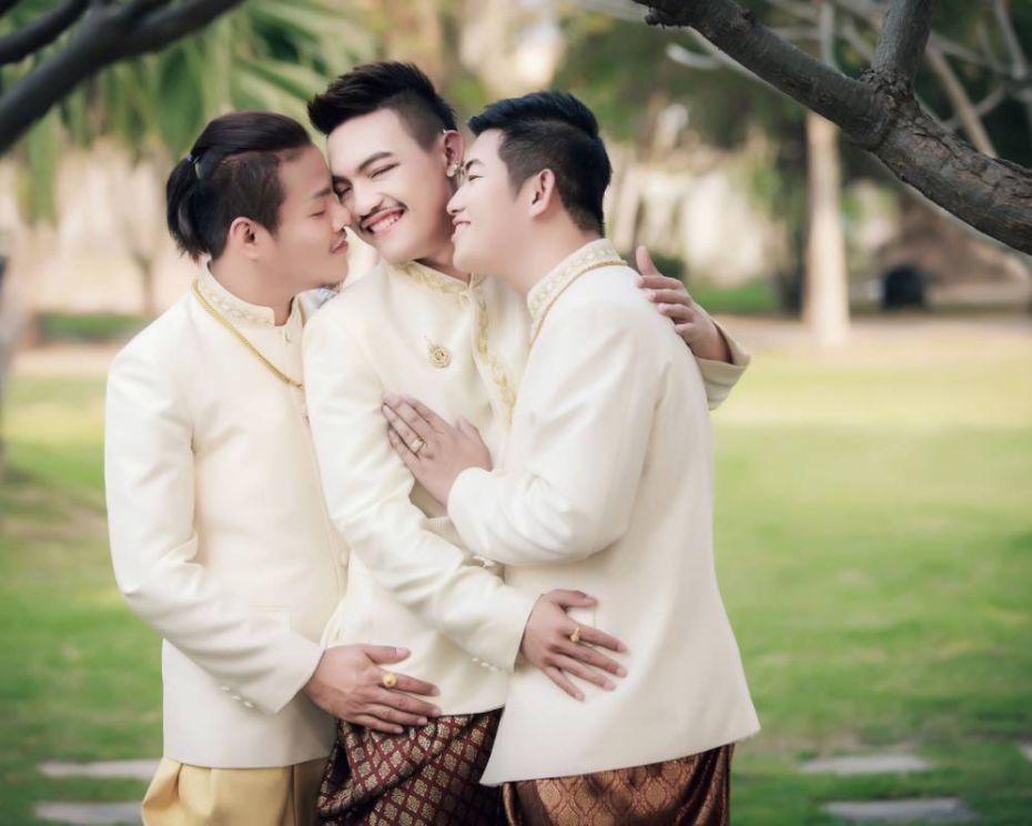 Многомужие: Впервые в мире состоялась гей-свадьба на троих