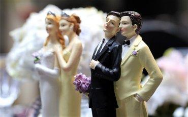 В Швейцарии развернулась дискуссия о возможности благословения гей-браков в церквях