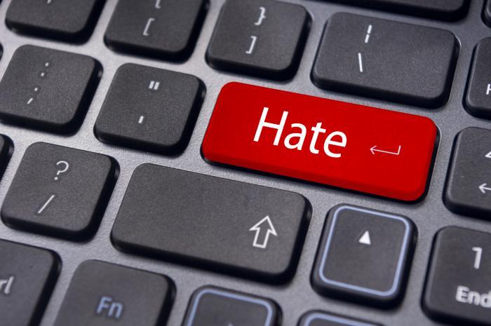 В Германии вступил в силу закон против ненависти в интернете