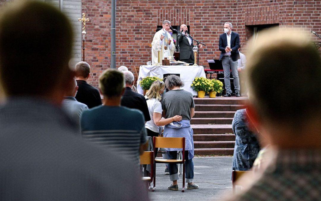 У Німеччині священники публічно благословляють одностатеві шлюби на знак протесту заборони Ватикану