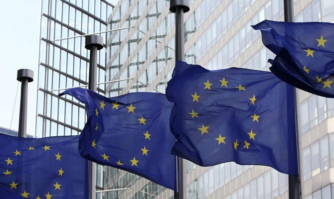 Европа продолжает просить Кыргызстан за Азимжана Аскарова и ЛГБТ