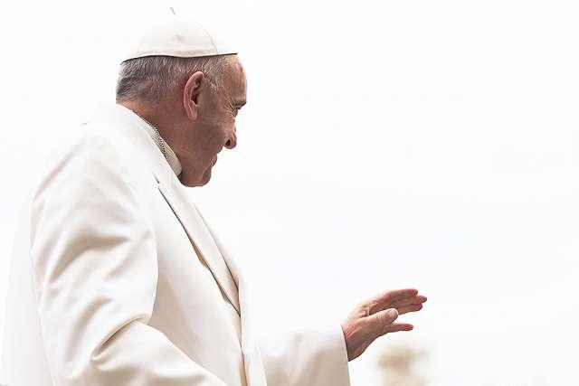 Ватикан: Лист до гей-пари був стандартної форми, а не листом підтримки