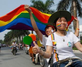 Вьетнамский минюст поддержал идею легализовать однополые браки в стране