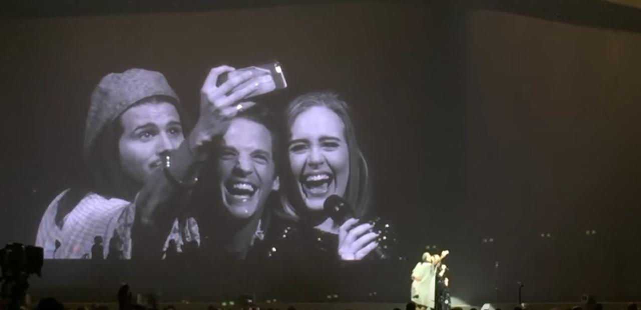 Адель заспіває безкоштовно на гей-весіллі